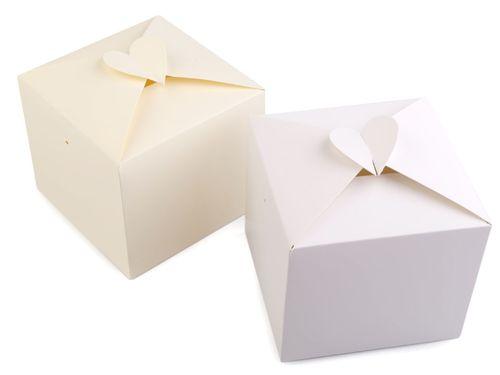Papierová krabička so srdcom