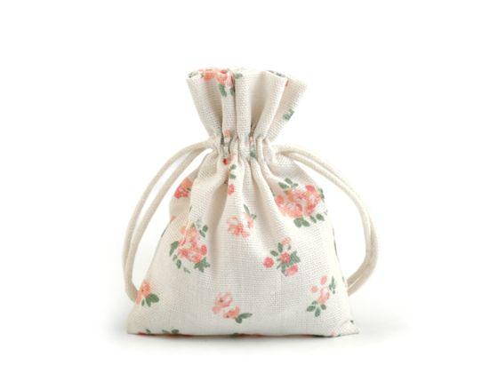 Bavlnené vrecúško s kvetmi 10x12 cm